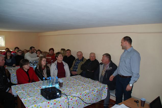 Meeting with Leitgiriai village community